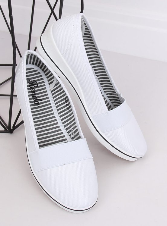Baleriny na koturnie białe S81B001 WHITE