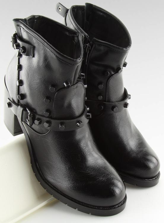 Botki z ćwiekami czarne 7316-GA BLACK