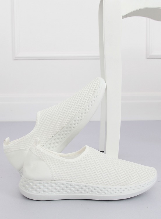 Buty sportowe białe NB270P WHITE