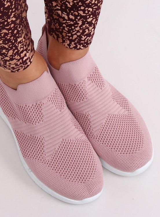 Buty sportowe różowe NB330P PINK
