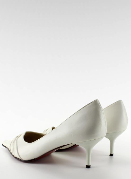 Czółenka na szpic z marszczeniem 39920-21 Blanc