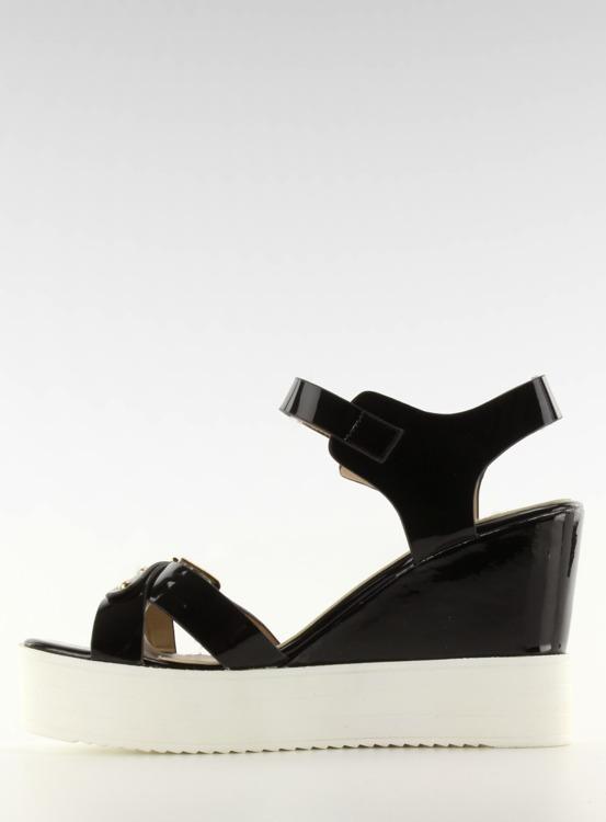 Sandałki lakierowane biała pode FZ-567 Black