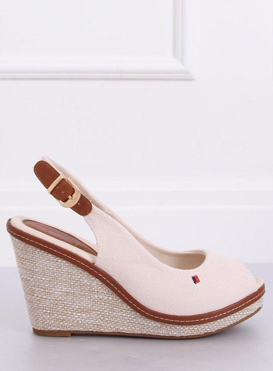 Sandałki na koturnie beżowe R132P BEIGE