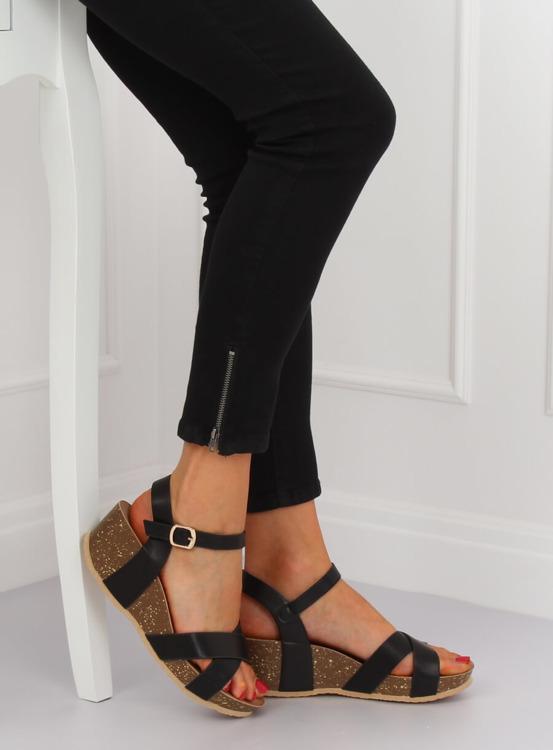 Sandałki na koturnie czarne 1058 BLACK