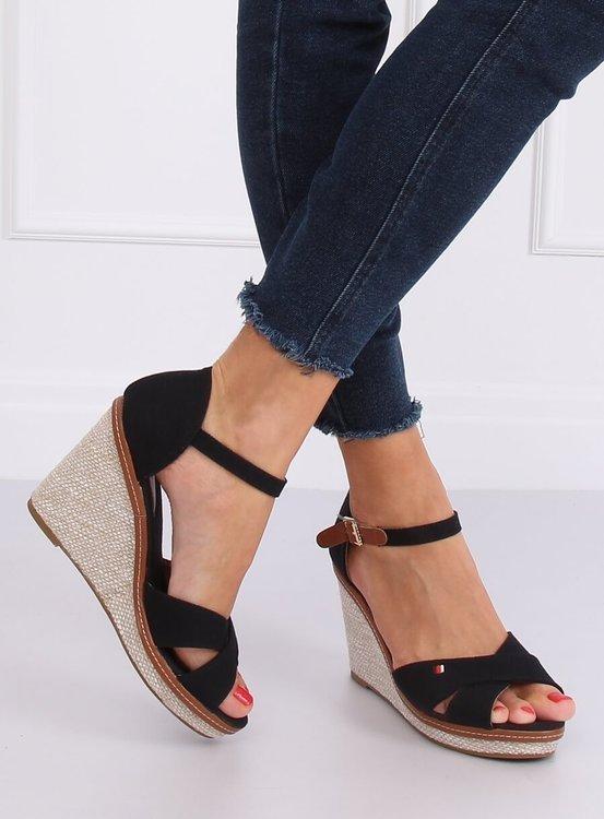 Sandałki na koturnie czarne R133P BLACK