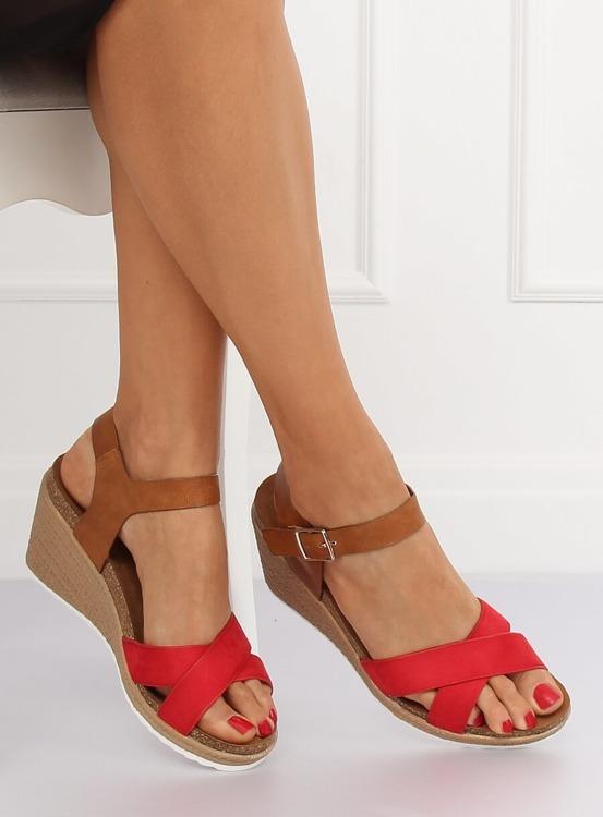 Sandałki na koturnie czerwone F-18 RED