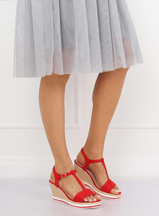 Sandałki na koturnie czerwone H-59 RED