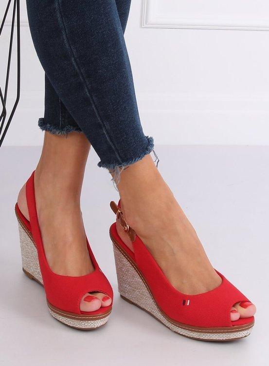 Sandałki na koturnie czerwone R132P RED
