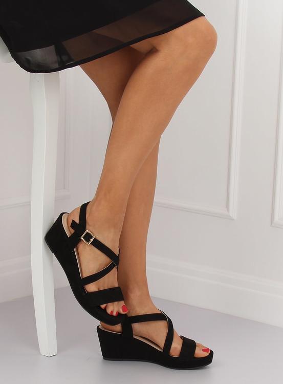 Sandałki na niskim koturnie czarne K-3 BLACK