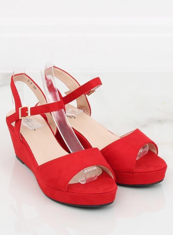 Sandałki na niskim koturnie czerwone K-7 RED