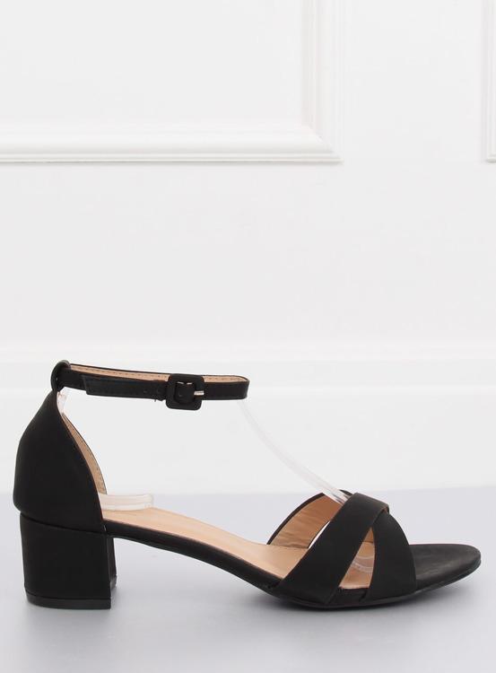 Sandałki na niskim obcasie czarne YC892 BLACK