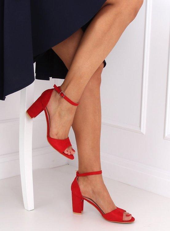 Sandałki na obcasie czerwone 88-395 RED