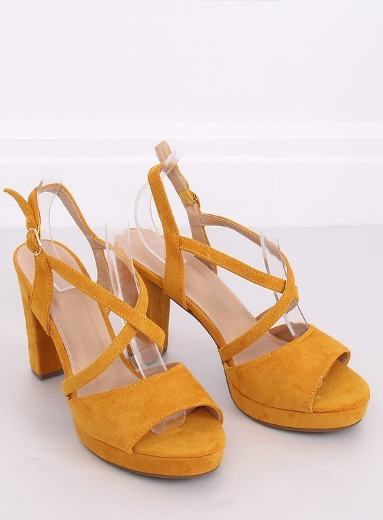 Sandałki na obcasie miodowe 9272 AMARILLO