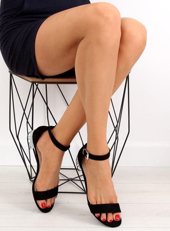 Sandałki na obcasie z kryształkami czarne 99-78 BLACK