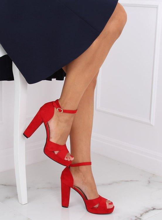Sandałki na platformie czerwone 9R12 RED