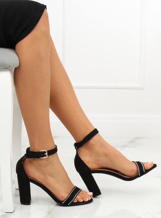 Sandałki na słupku czarne A8020 BLACK