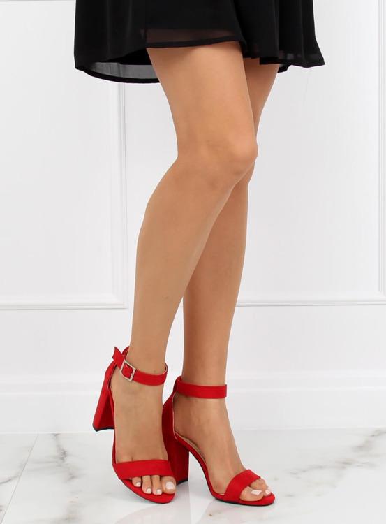 Sandałki na słupku czerwone 369-18 RED