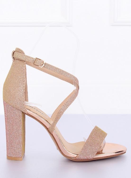 Sandałki na słupku różowe NC791 CHAMPAGNE