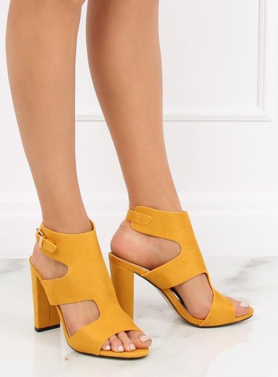 Sandałki na słupku żółte J-8711 YELLOW