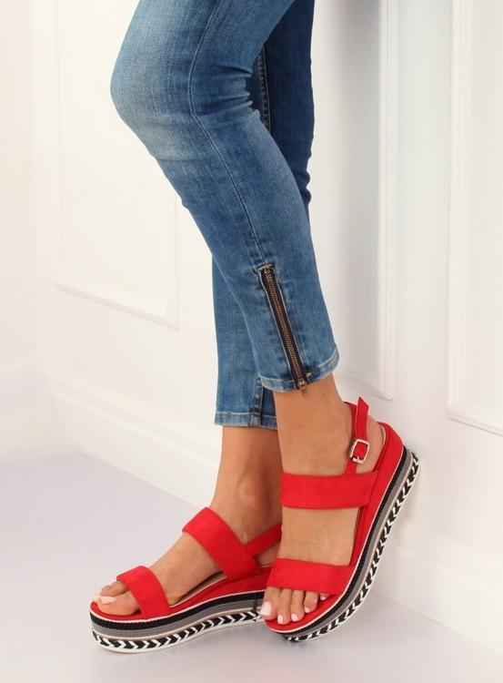 Sandałki na wysokiej podeszwie czerwone 9073 RED