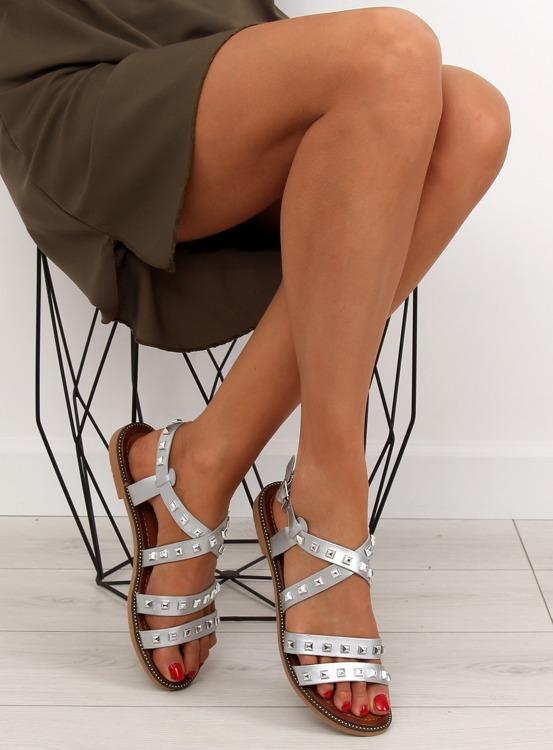 Sandałki z ćwiekami srebrne M-520 SILVER