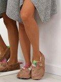 Kapcie damskie jednorożce brązowe DN2119 Brązowy
