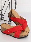 Klapki na koturnie czerwone G1560 RED