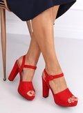 Sandałki na obcasie czerwone 9R16 RED