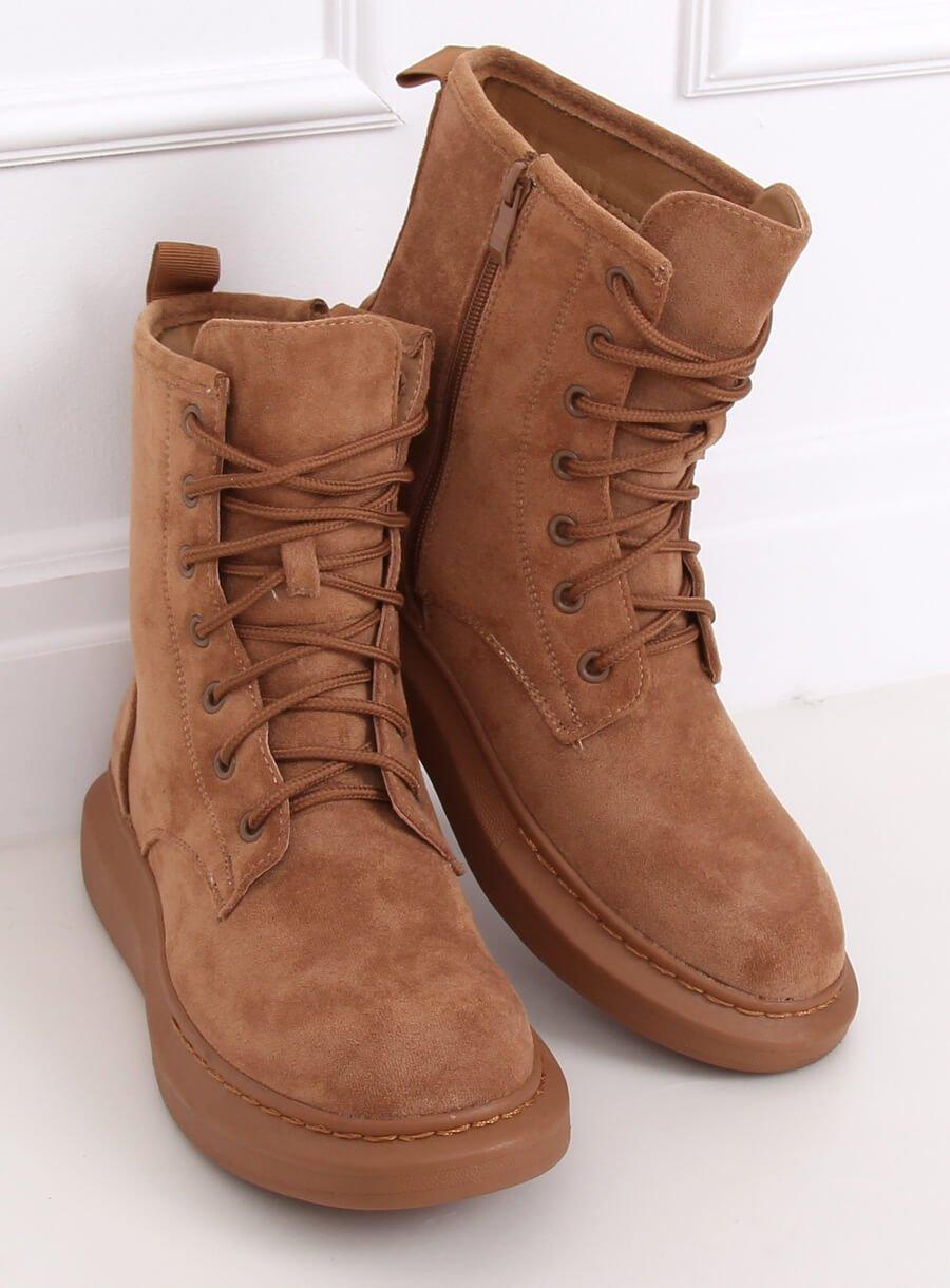Hnedé šnurovacie topánky