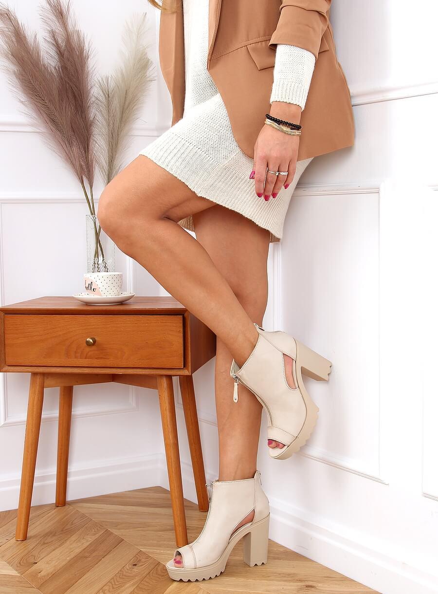 Béžové topánky s otvorenou špičkou