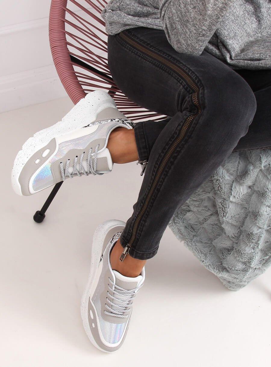 Bielo/strieborná športová obuv