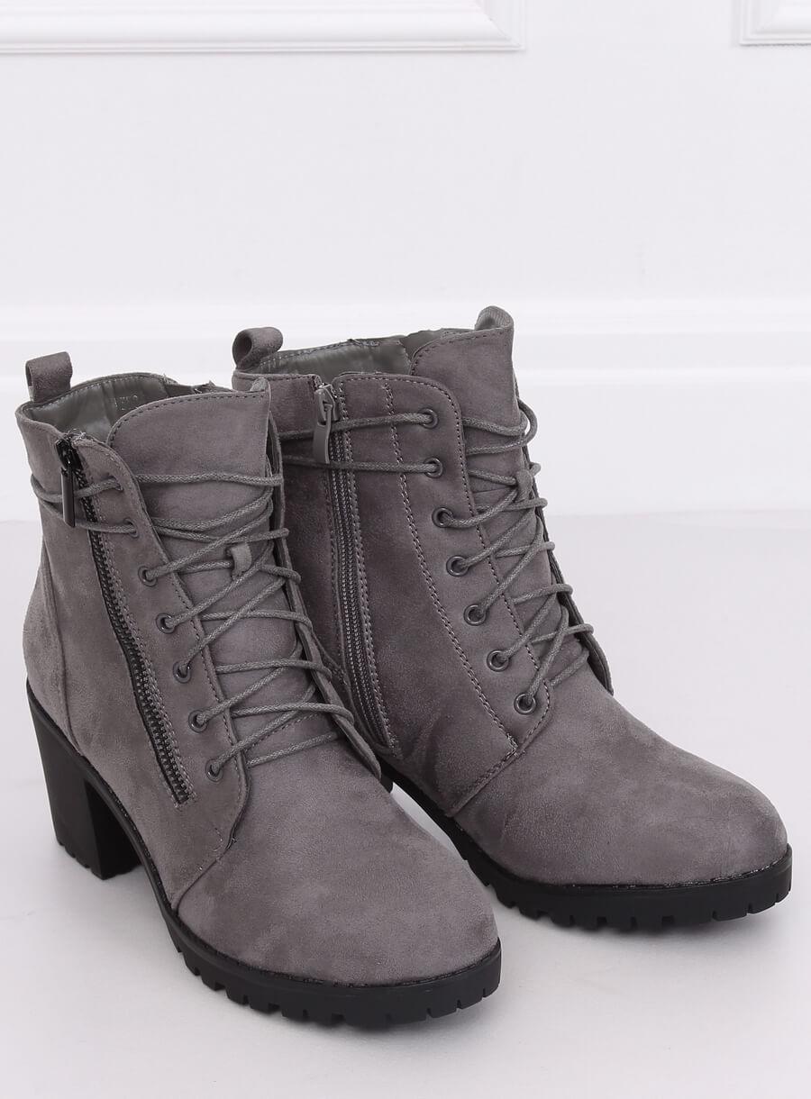 Šedé šnurovácie topánky