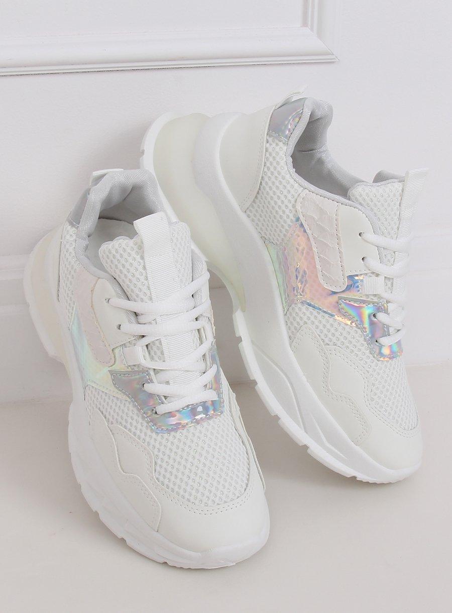 Biela športová obuv