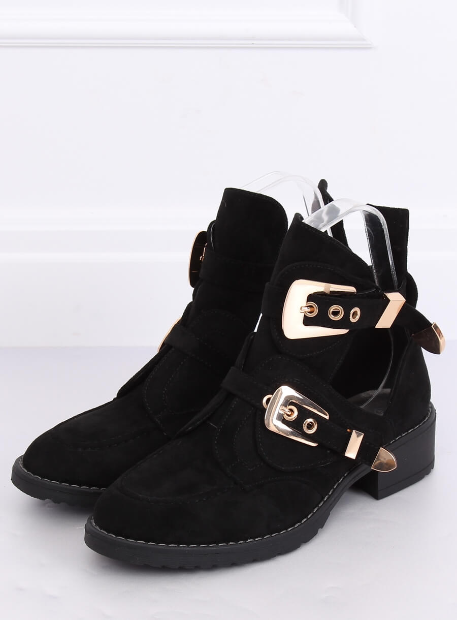 Topánky s prackami čierne