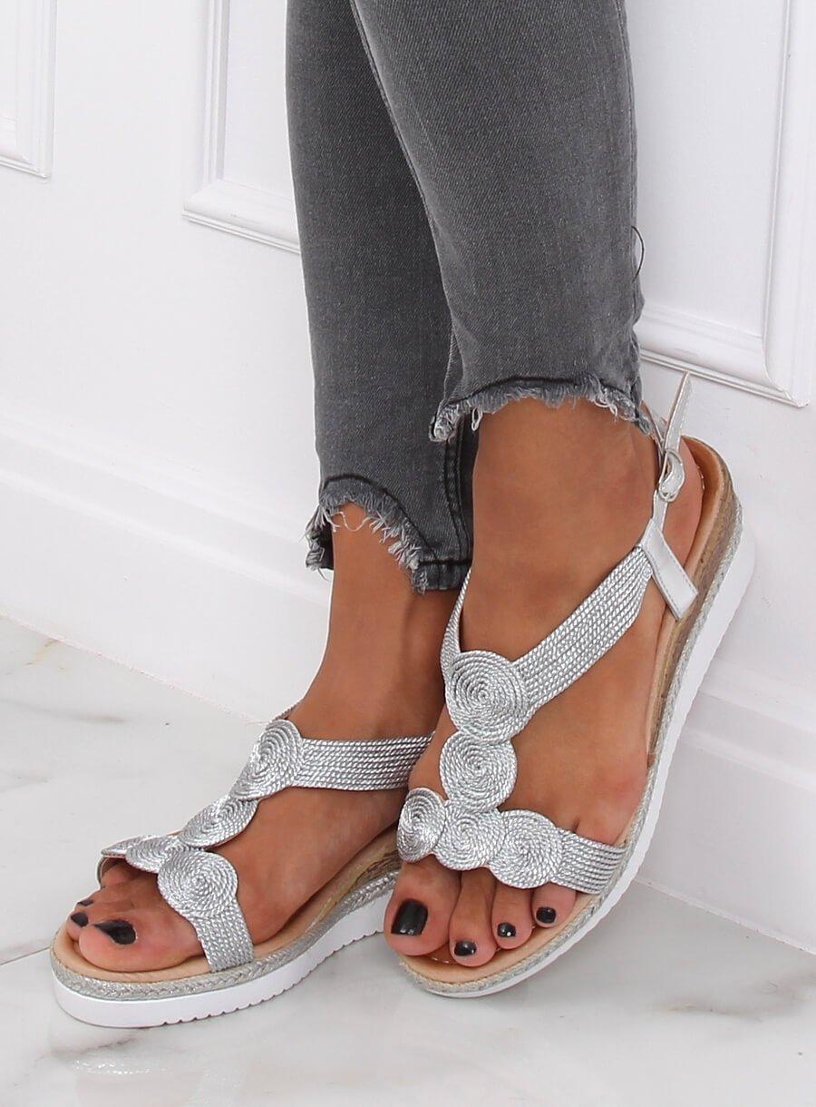 Dámske sandále strieborne