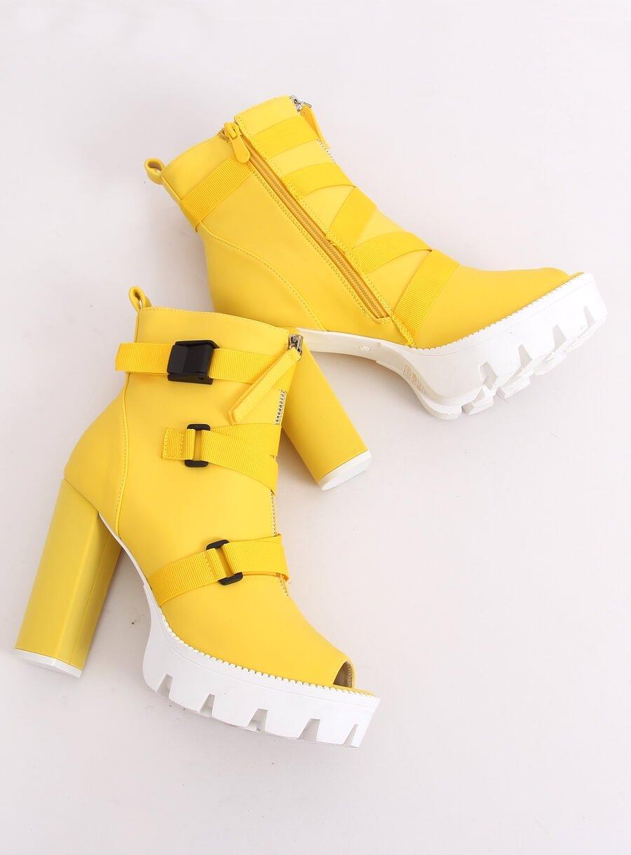 Kotníkové topánky na vysokom podpätku žlté