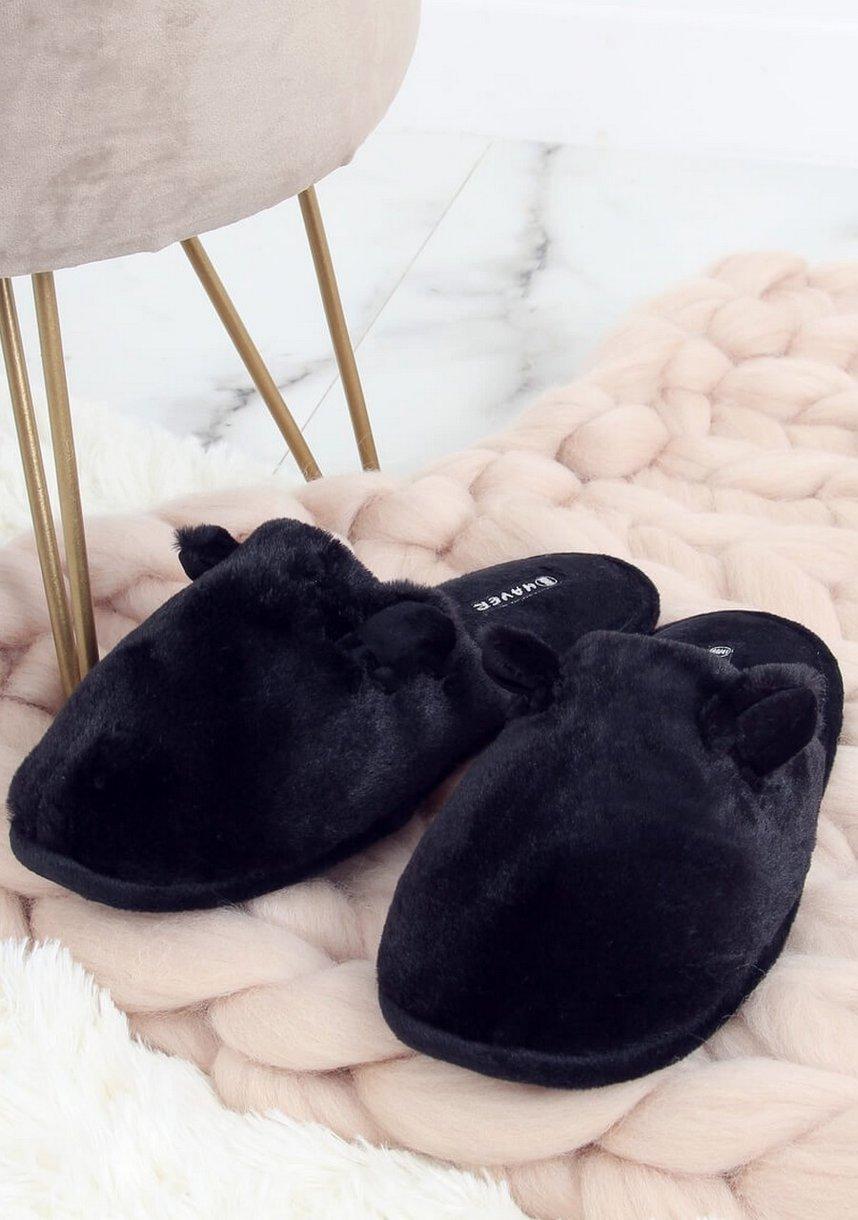 Čierne papuče s užkami