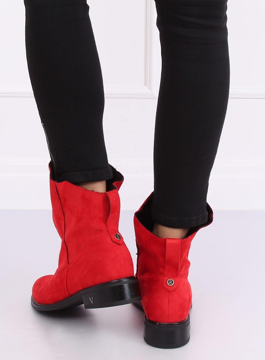 Červené čižmičky s zvlneným zvrškom