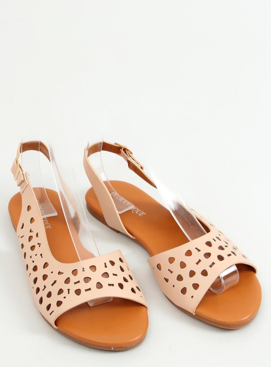 Béžové dierkovane sandále