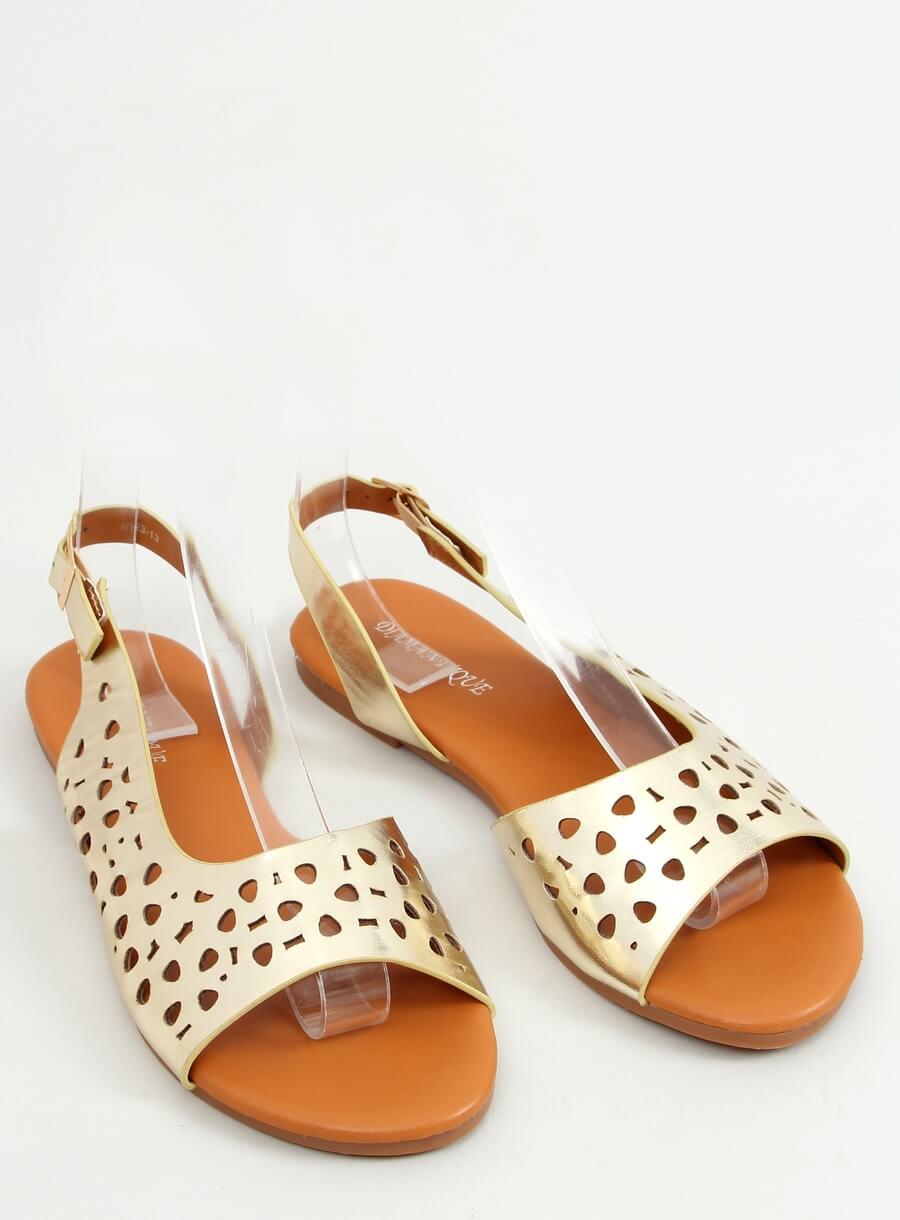 Zlaté dierkovane sandále