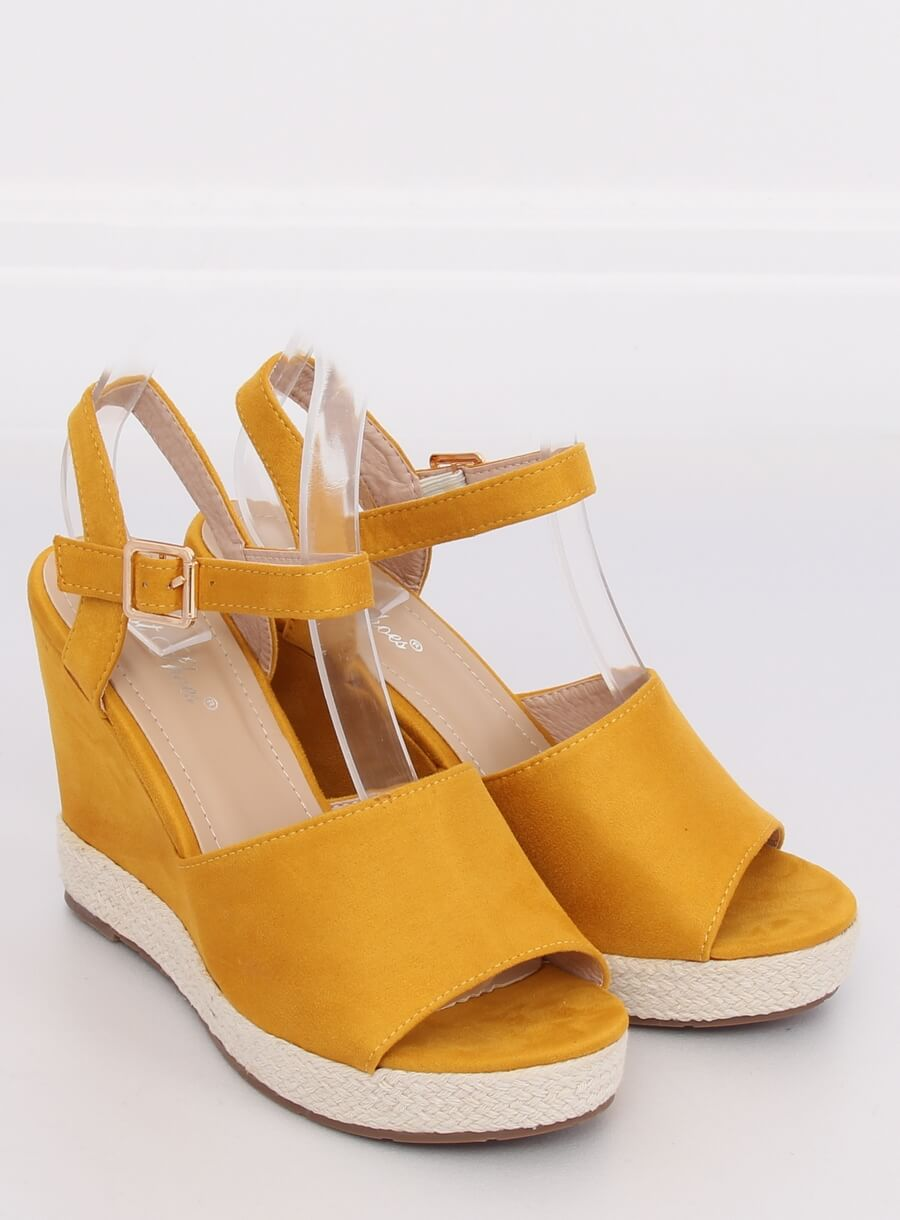 Sandále klinové žlté