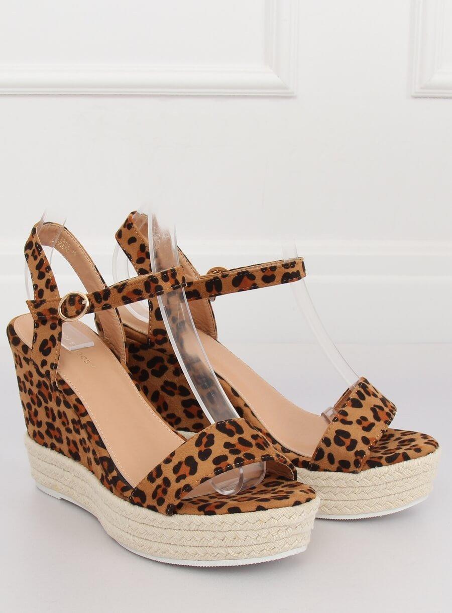 Sandale s leopardím klínom